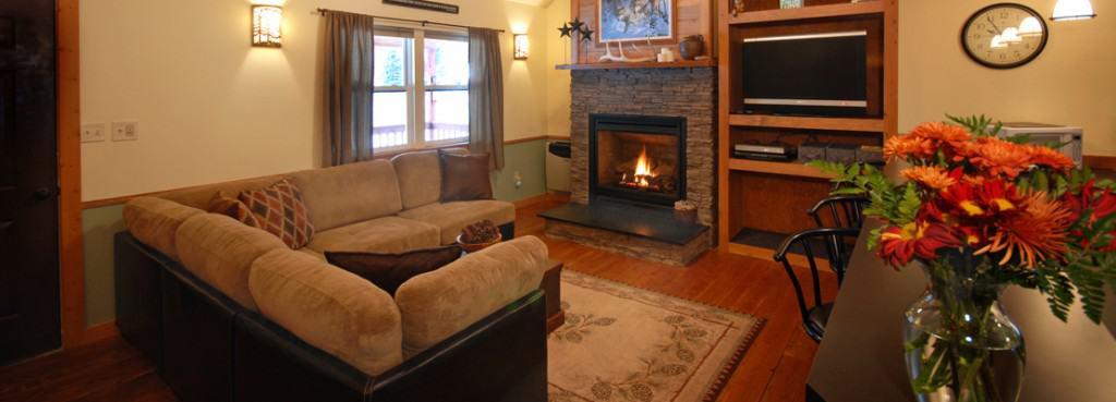 Cabin On Rock Creek In Montana Living Room